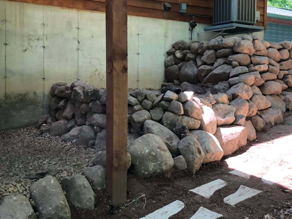 Stone and Rock Retaining Wall